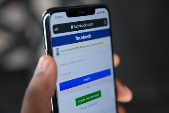 Un bot de Telegram vende los teléfonos de 500 millones de usuarios de Facebook
