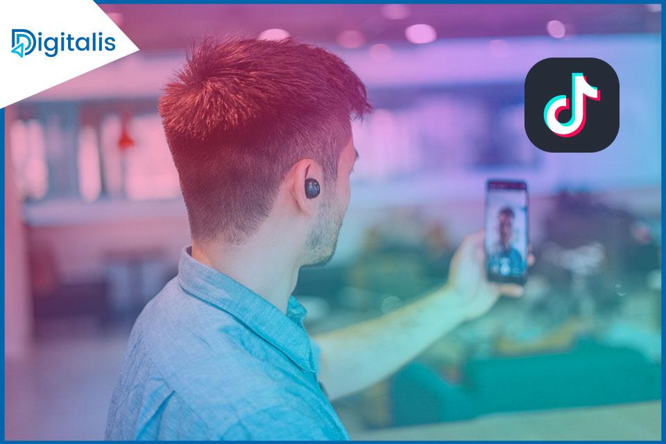 TikTok está probando actualmente una herramienta que permitiría a las empresas buscar empleados en la propia plataforma de vídeos cortos