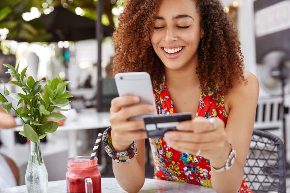 EVO lanza un innovador servicio para trasladar cuentas bancarias