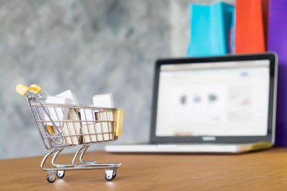 Amazon actúa ante el fraude en las reseñas