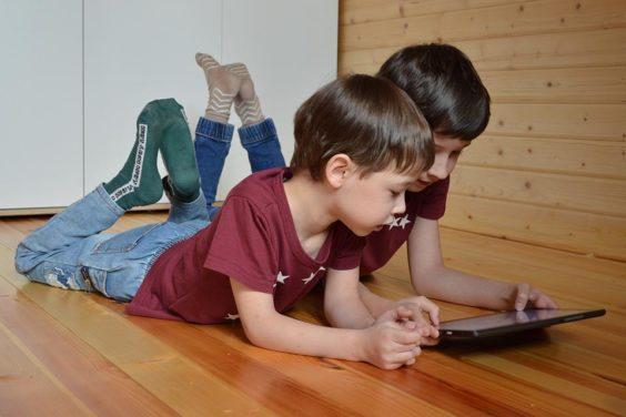 Instagram ha puesto en pausa el desarrollo del «Instagram para niños» tras recibir un gran aluvión de críticas por su futura implementación